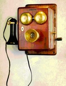 Бельгийский телефонный аппарат фирмы Bell Telephone